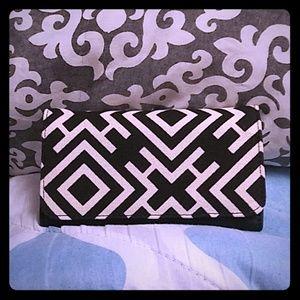 Rue21 Women's Geometric Black White Wallet